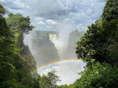 Wodospady Wiktorii w pełnej krasie (zdjęcie sprzed kilku lat)