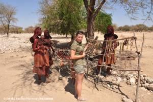 Mina opisują…ca zapach kobiet Himba