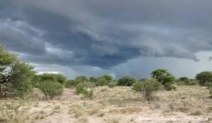 Chmury nad parkiem narodowym Etosha